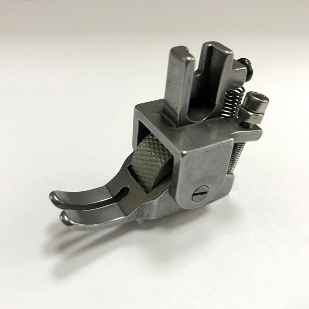 JY314 лапка з металевим роликом-3